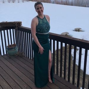 Gorgeous Emerald Green Gown